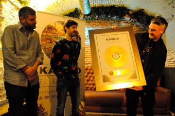 kase-o-disco-oro