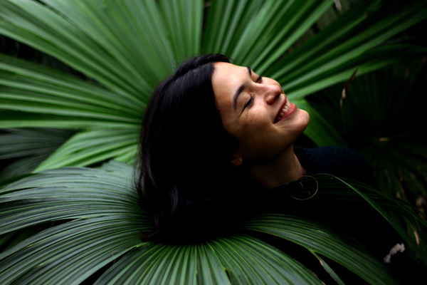 "Uma estrena nuevo single: ""Astronaut"""