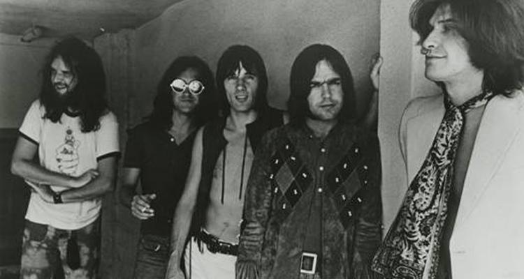 """The Kinks están de celebración: 50 años de """"Lola Versus Powerman"""""""
